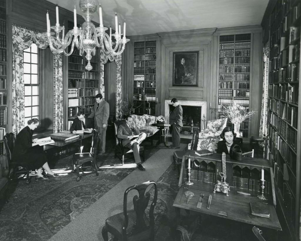 P194 - Winterthur Library Revealed